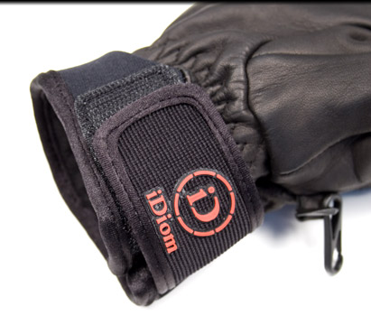 Accessories: Idiom Gloves