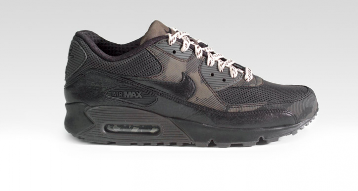 Footwear: Air Max 90 Premium Tech pack