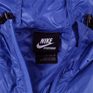 Clothing: NSW Packable Marine Stripe Jacket