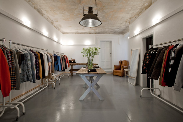 Retail soto berlin marcus troy - Magasin de decoration ...