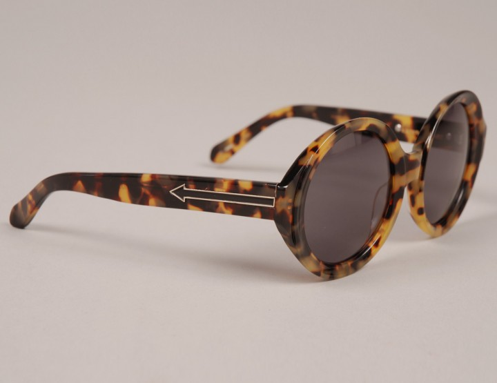 SMMF: Karen Walker Number Six - Crazy Tort