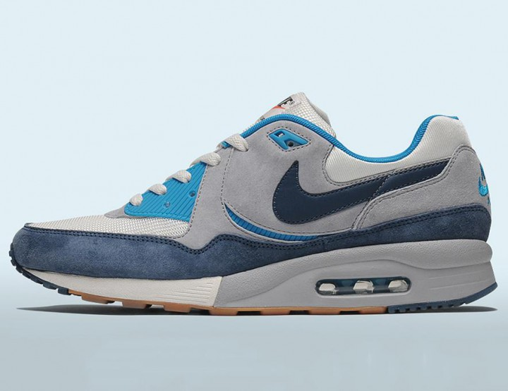 "Footwear: Nike Air Max Light ""Easter"" size? Exclusive"