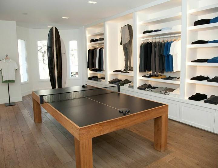 Retail: James Perse