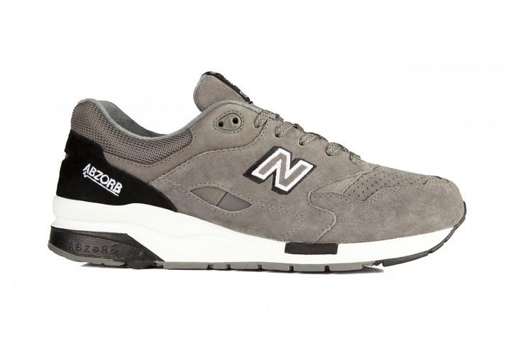 Footwear: New Balance