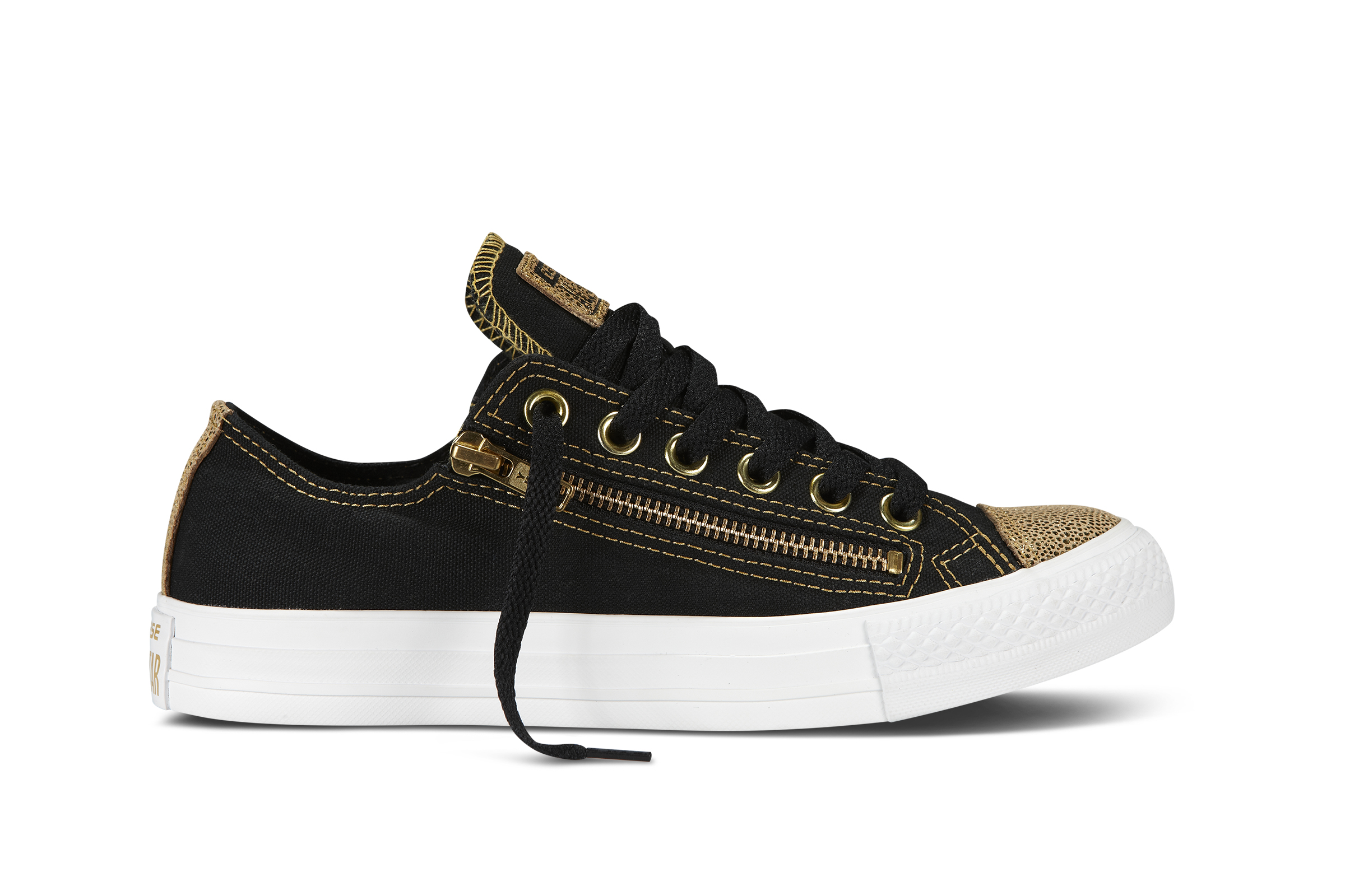 Converse has designed a really attractive low-top Chuck Taylor for