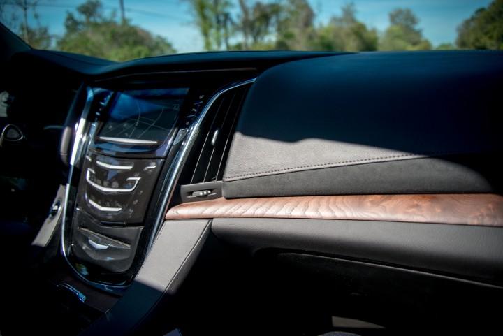Automotive: 2015 Cadillac Escalade @Cadillac