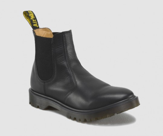 Dr. Martens 2976 Chelsea Boot @drmartens