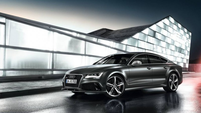 2014-Audi-RS7-beauty-exterior-10