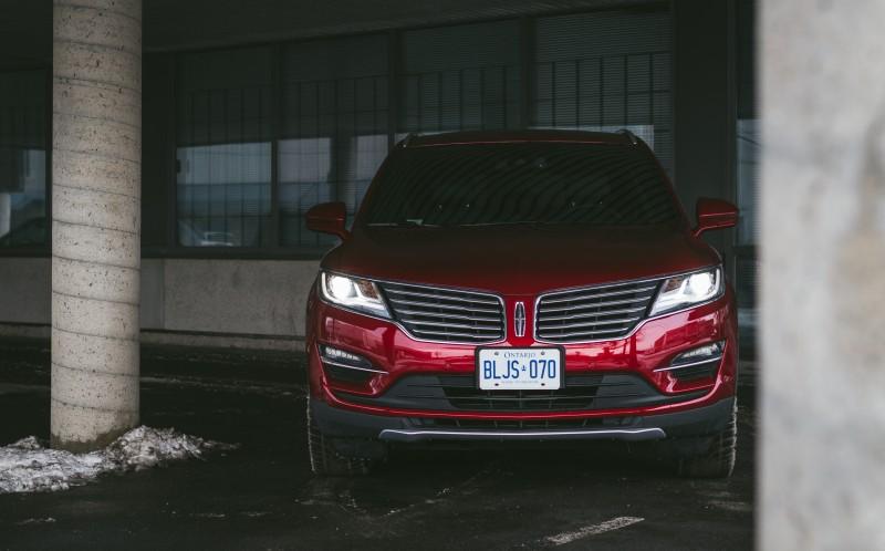 Lincoln MKC_-11