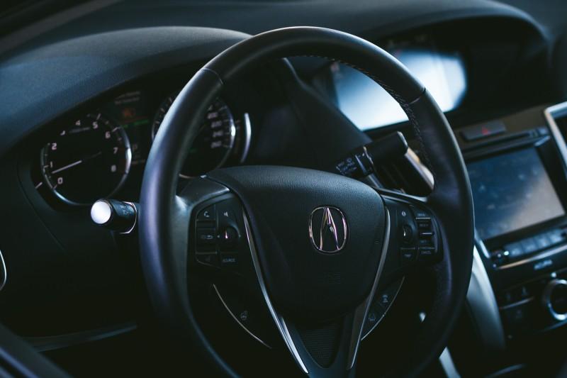 2015 Acura TLX-8