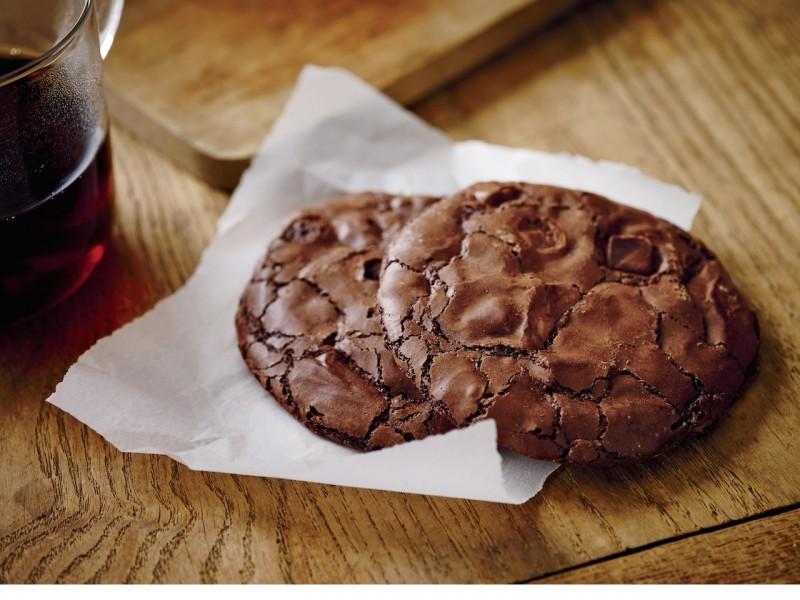 La Boulange Flourless Chocolate  Cookie