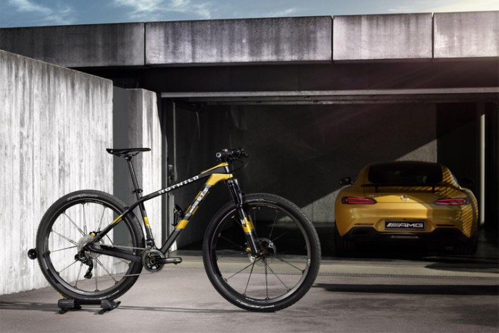 Coolhunts: Mercedes-AMG GT-Inspired Rotwild GT-S Bicycle @MercedesAMG