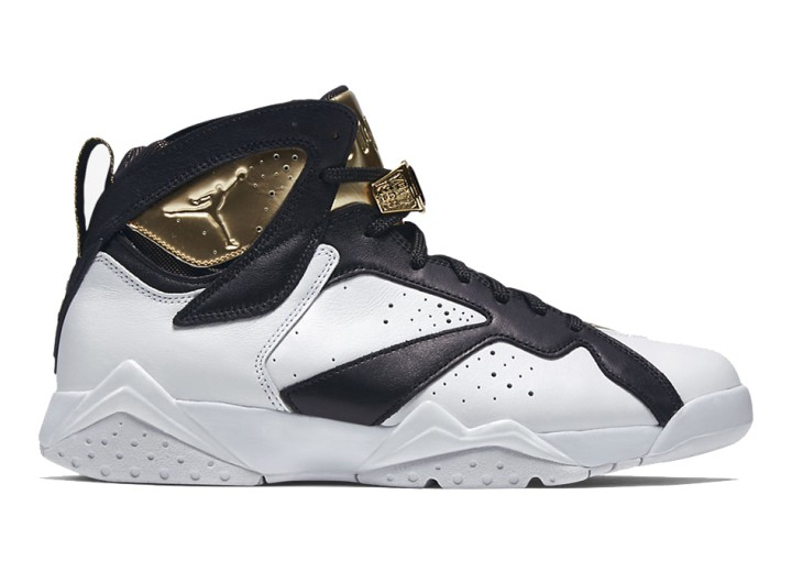 Footwear: Air Jordan 7 Retro