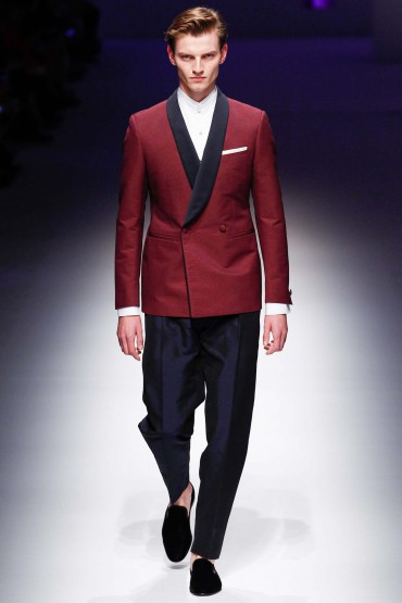 Looks: Canali Spring 2016 Runway @Canali1934 #MFW