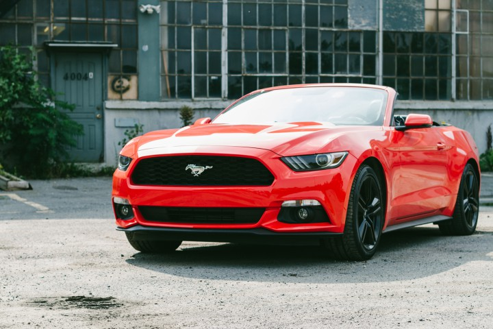 Automotive: 2015 Ford Mustang 2.3L Ecoboost Manual @FordCanada
