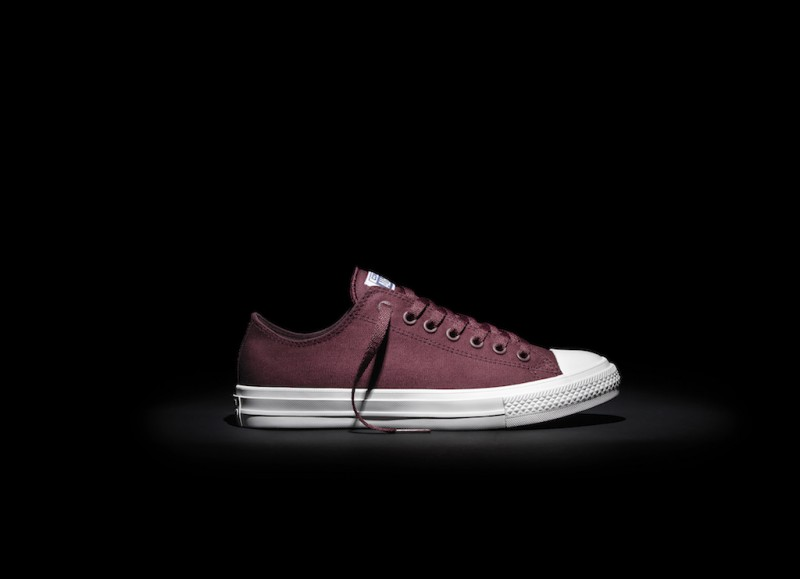Converse_Chuck_Taylor_All_Star_II_-_Maroon_Low_top_33577