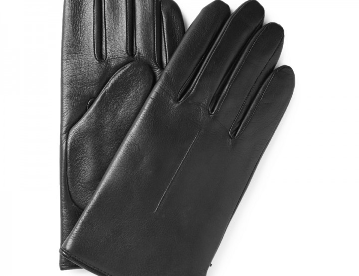 Accessories: Luxurious Leather Gloves For The Cold Weather
