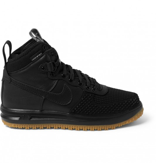 Footwear: Nike Has Made The Perfect Pair Of Winterized Sneakers @nikesportswear