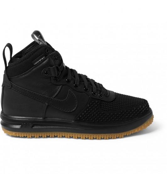 Footwear: Nike Has Made The Perfect Pair Of Winterized Sneakers @nikesportswear