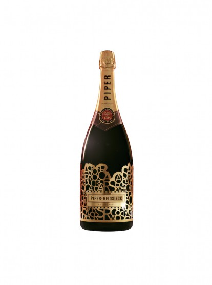 "Coolhunts: Piper-Heidsieck's ""Red Carpet Ready"" Bottle Was Enjoyed Exclusively At The 88th Oscars"