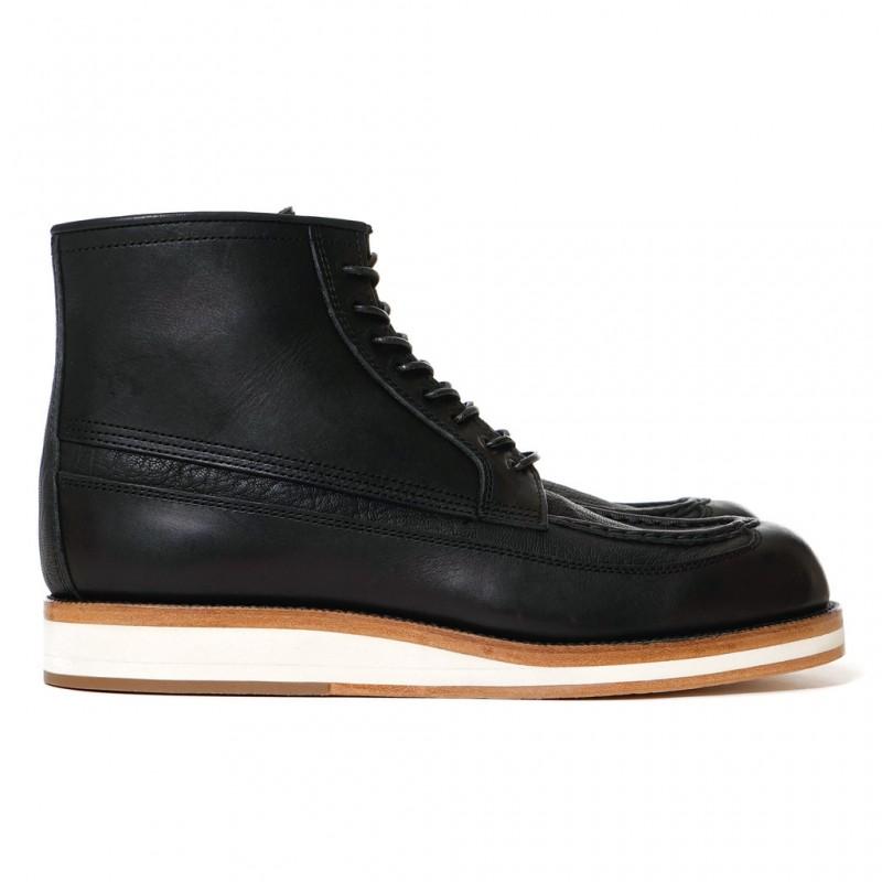 sacai-Hender-Scheme-Boots-Black-1_1024x1024