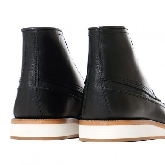 Footwear: sacai x Hender Scheme Boots