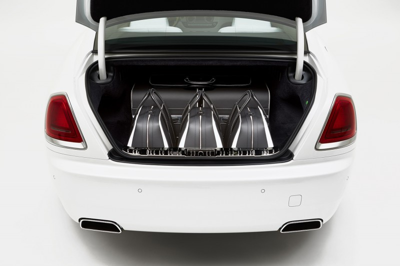 rolls-royce-wraith-luggage-collection-01