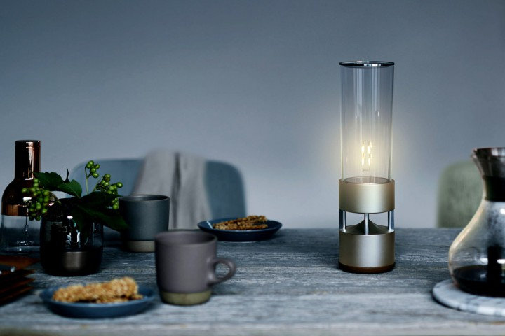 Set The Ambiance With Sony's Glass Sound Speaker @Sony