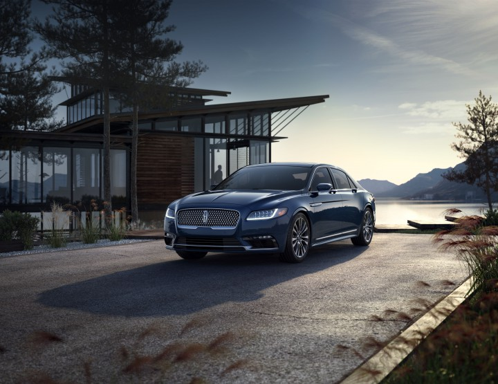 Lincoln Welcomes You Into The 2017 Continental @lincolnmotorco #QuietyLuxury #Continental