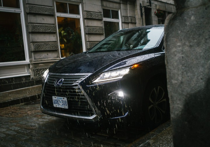 The 2016 Lexus RX 450h Seamlessly Combines Luxury And Efficiency @lexuscanada