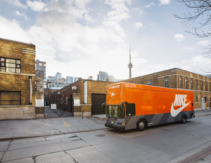 Be Sure To Catch The Nike Air Max Bus In Toronto @NikeToronto #AirMax